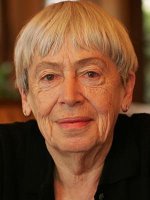 Frases, Imágenes y Biografía de Ursula K. Le Guin